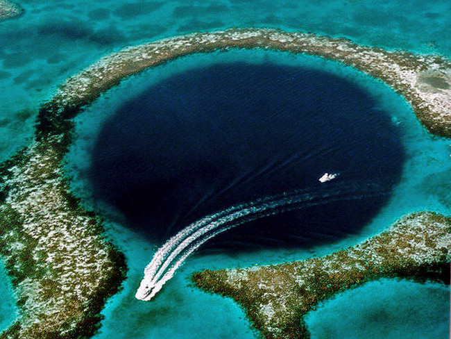 Dean's Blue Hole, Long Island, Bahamas. 660ft deep