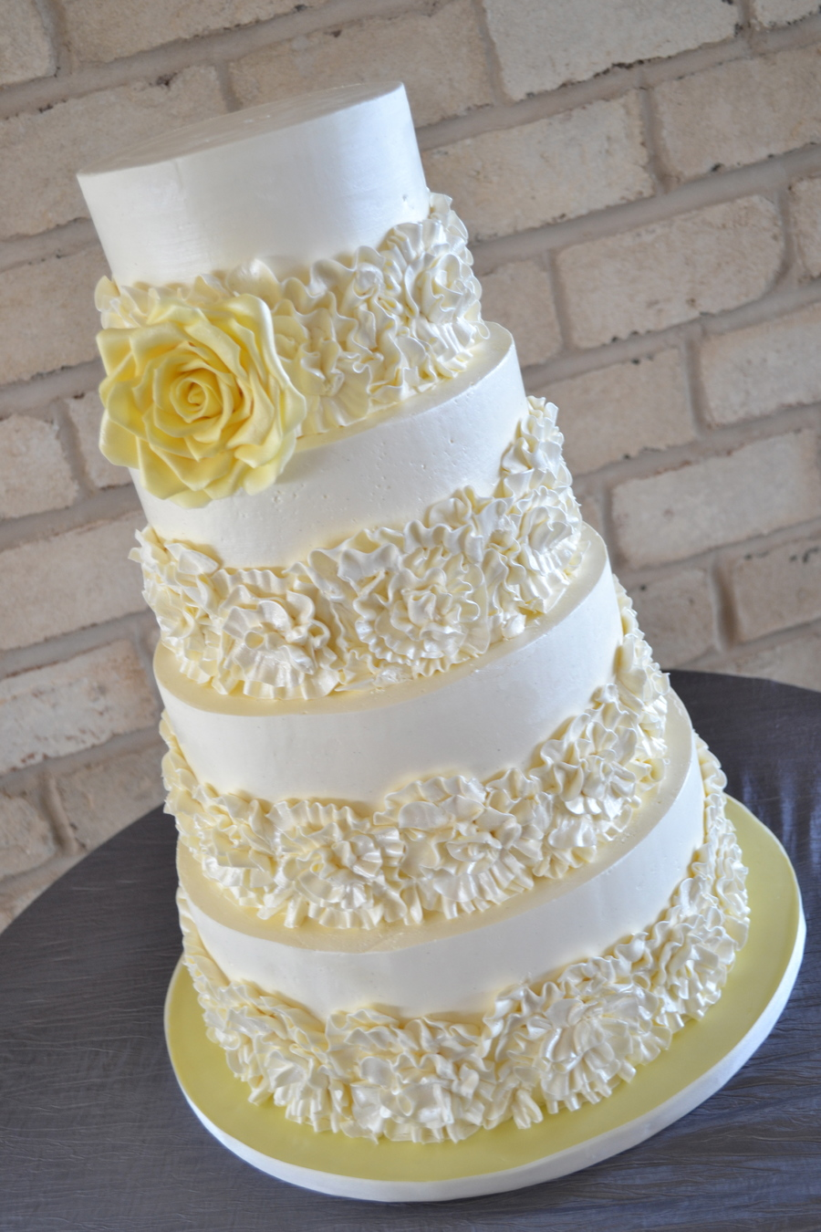 Top 25 Cakes with Buttercream Ruffles - Page 10 of 27
