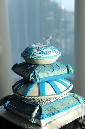 Cinderella Cake - Shoe at the Top