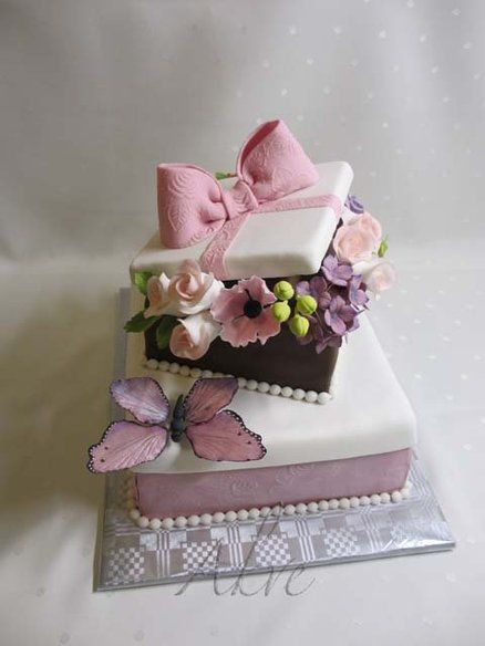 Fantastic and stunning gift cakes page 22 of 40 gift boxes with flowers cake negle Choice Image