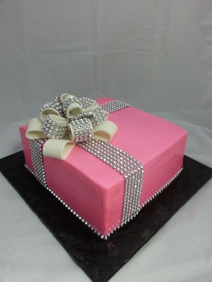 Glam Ribbon Gift Box Cake