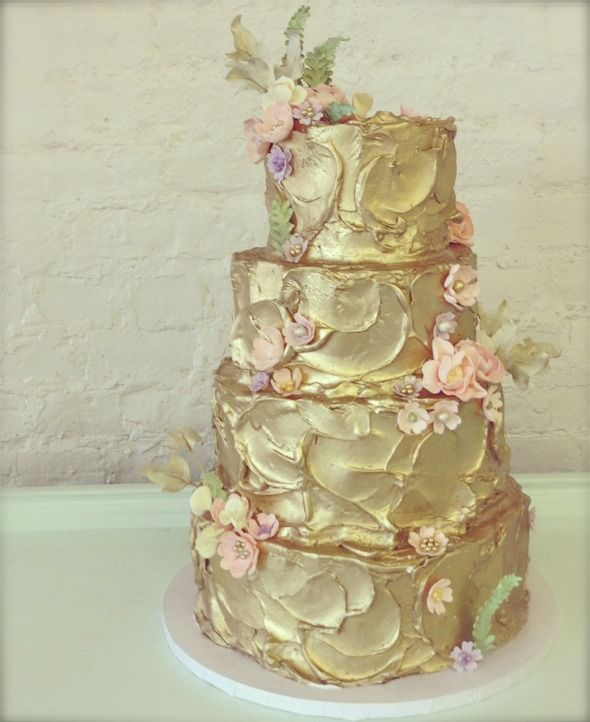 Beautiful Cakes with Gold, Silver, Pearls and Glitters - Page 12 of 20