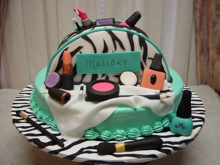 Makeup Birthday Cake - ChisMAX!