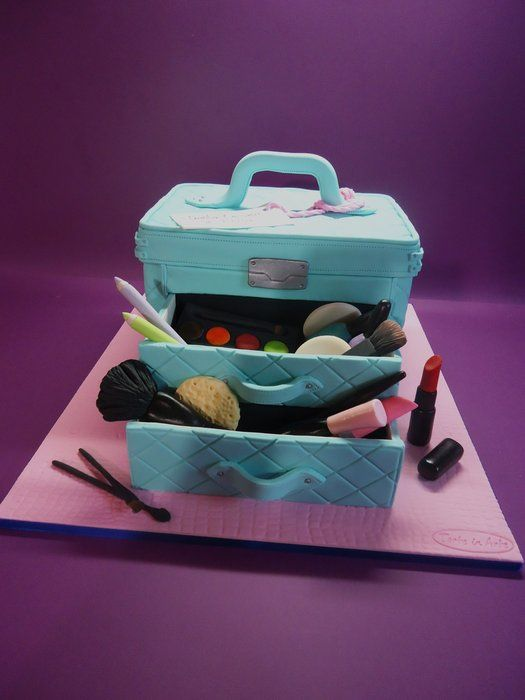 How To Make Makeup Case Cake