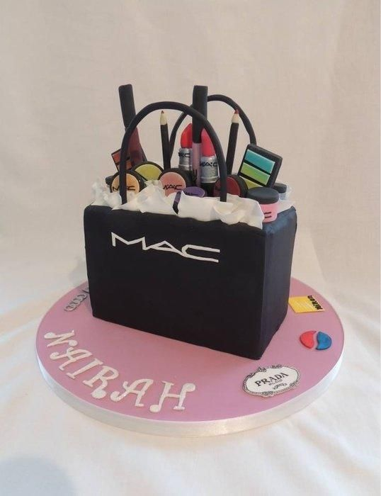 Amazing Makeup Cake Ideas Page 18 Of 21
