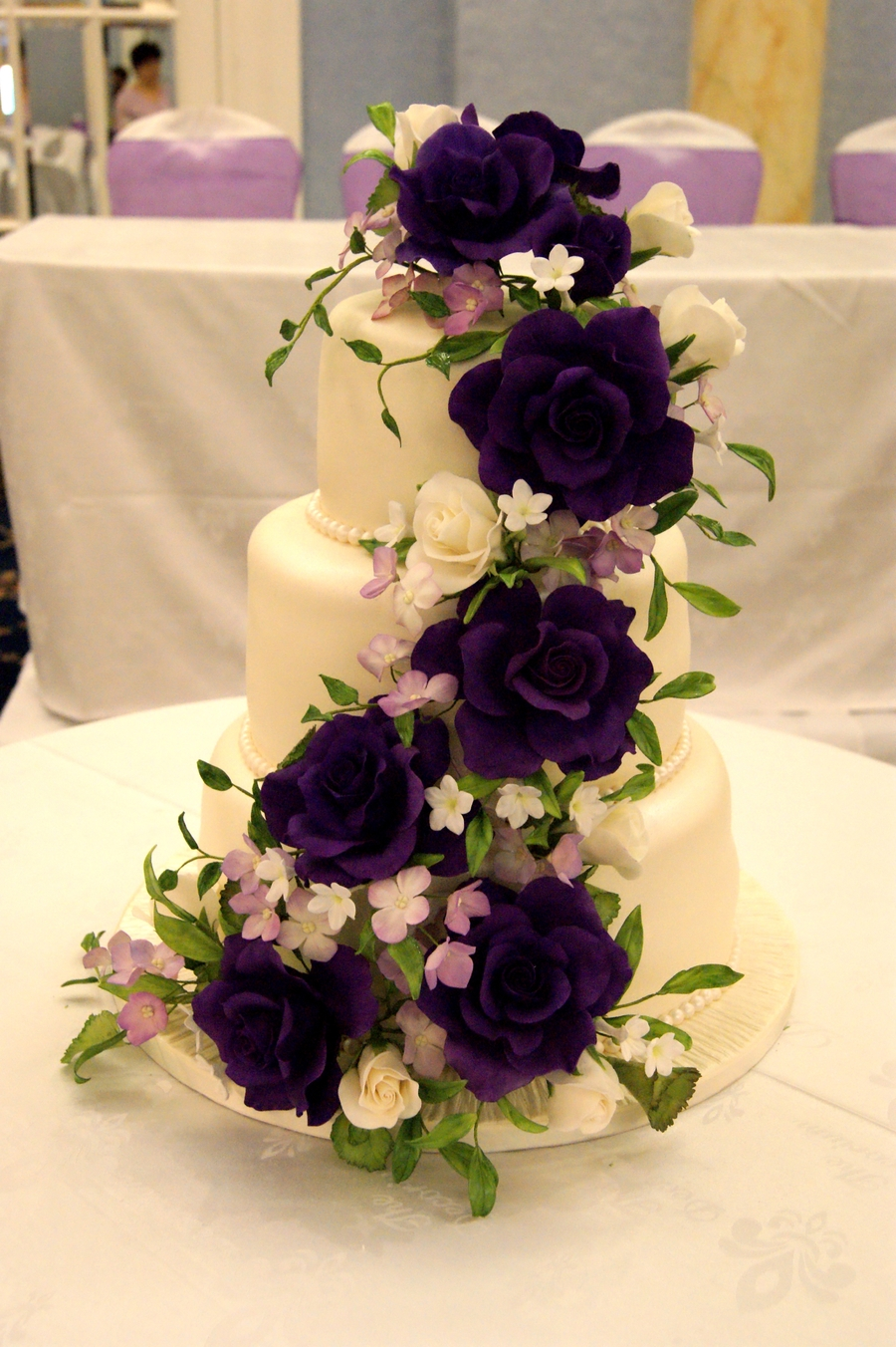 Top 30 Fantastic Cakes with Roses - Page 18 of 35