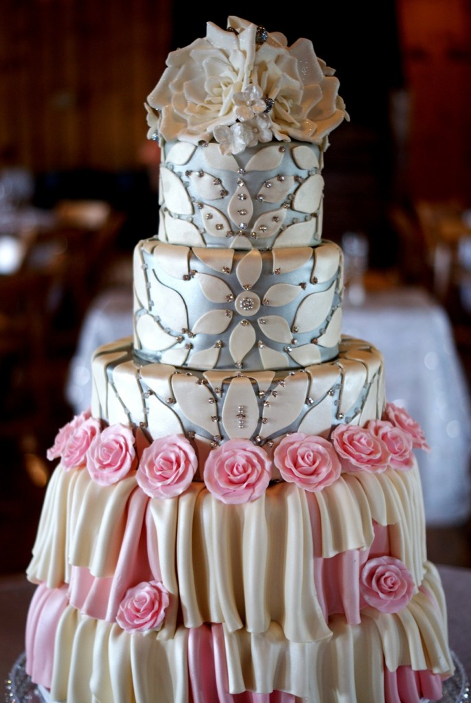 Wedding Cake Modeled After Bridal Gown