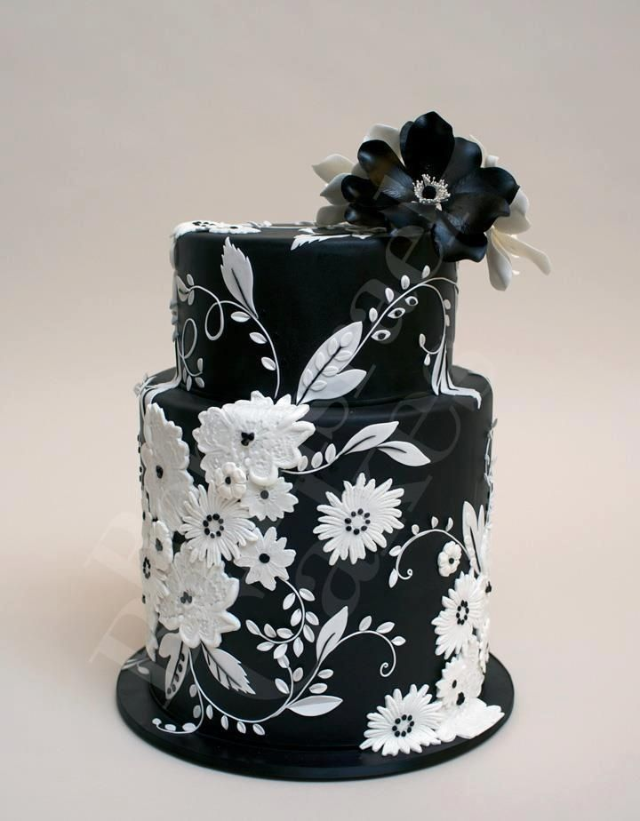 Cake Pictures Black And White : Super Cool and Stunning Black Cakes - Page 10 of 37