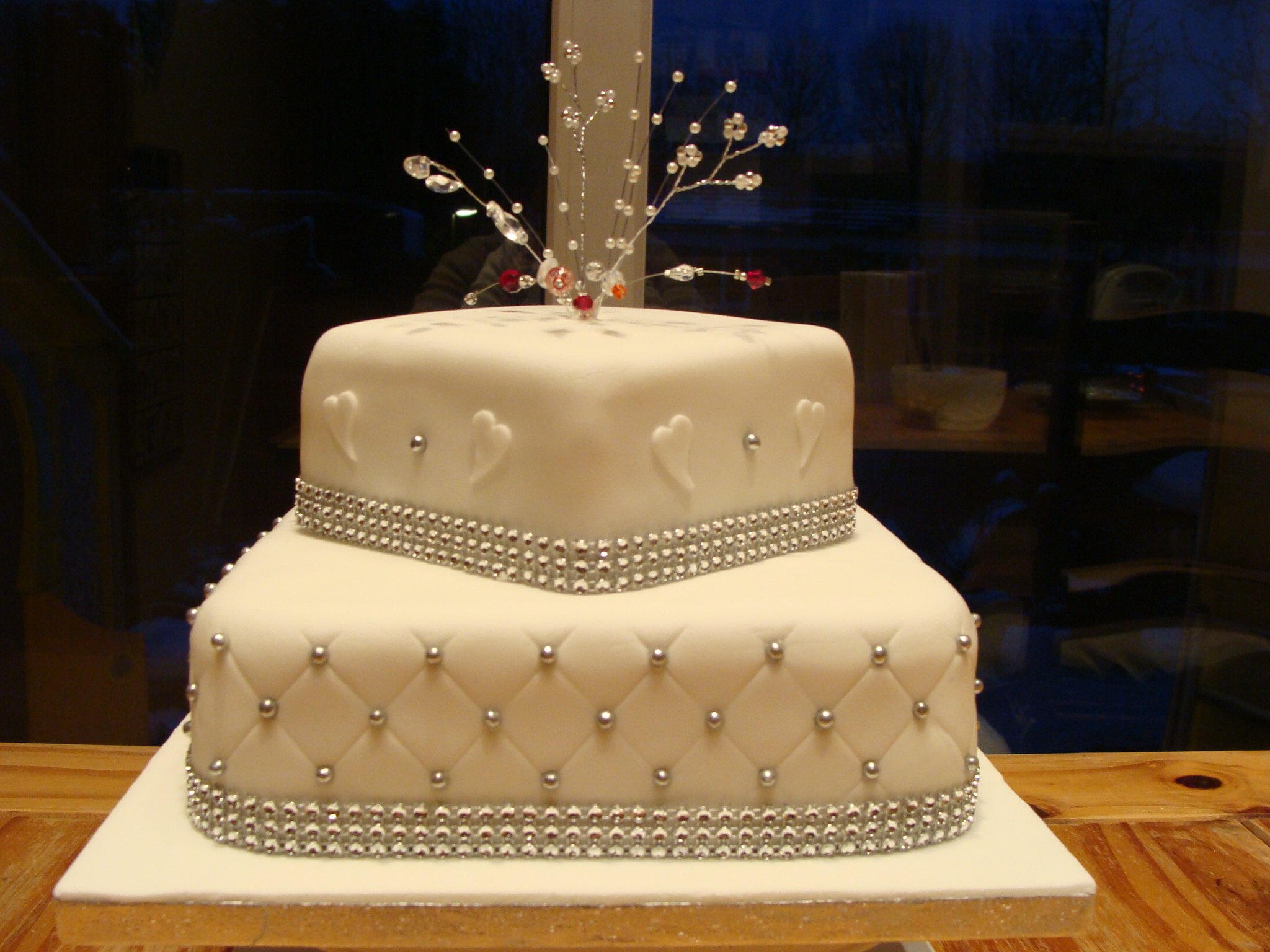 Cake Designs For Diamond Wedding : Top 15 Lovely Diamond Cakes - Page 7 of 15