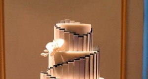 Gatsby-Themed Wedding Cake