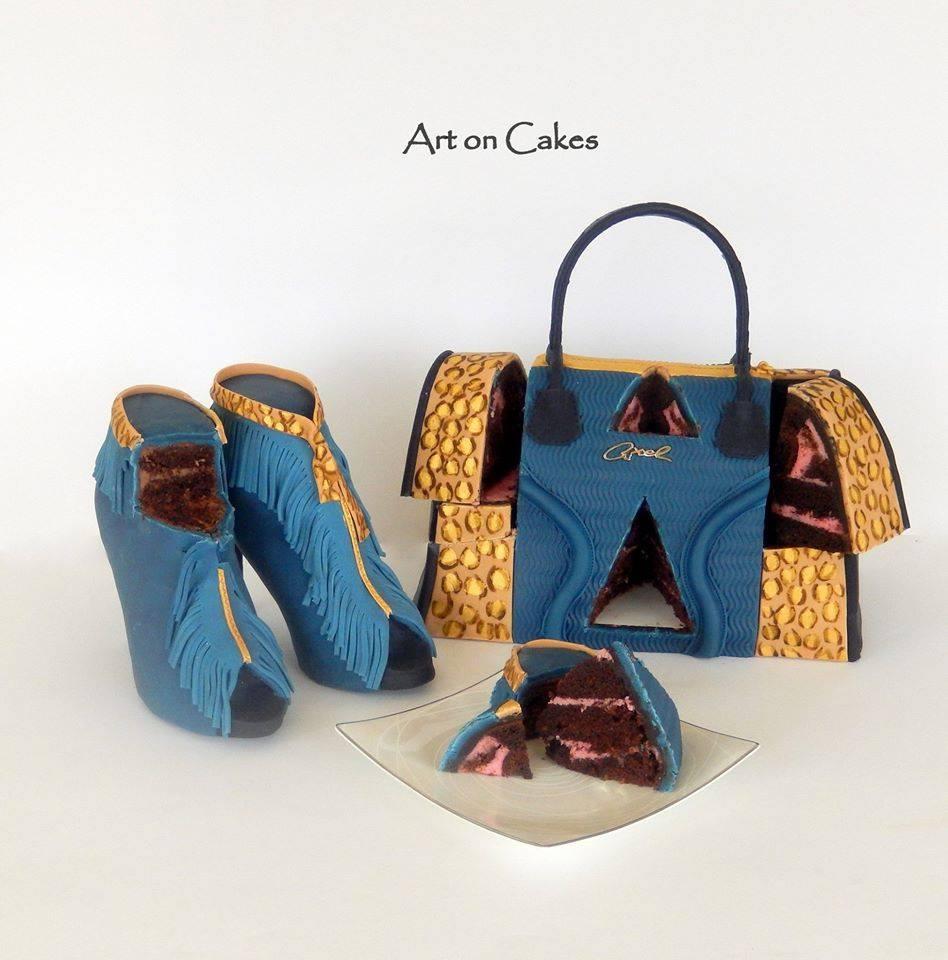 Realistic Handbag Gravity Cake