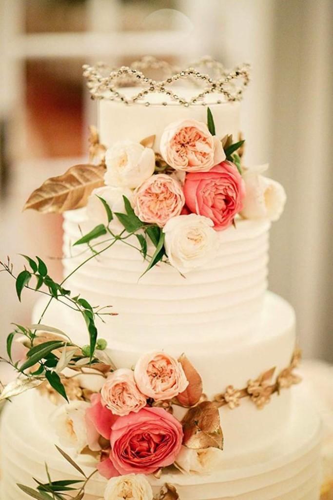 Royal Crowned Cake