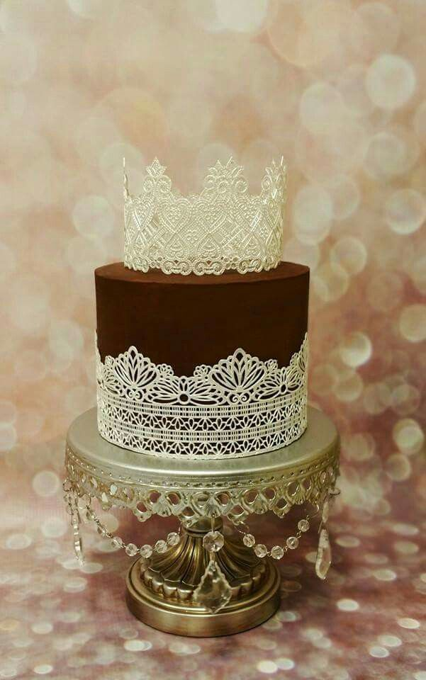 Tiara Cake with Lace